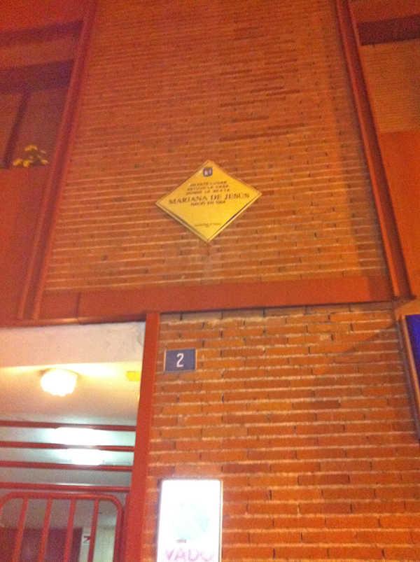 fachada apartamento madrid de los austrias