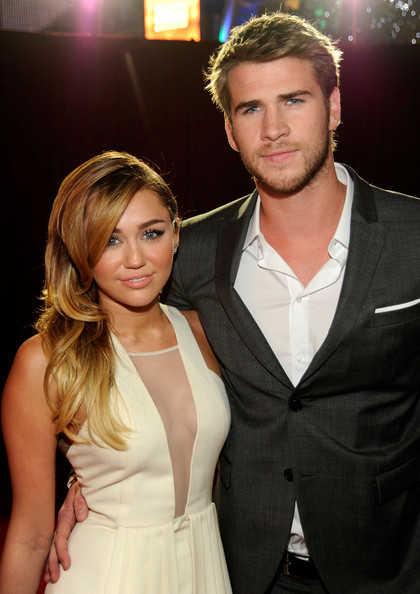 People Choice's Awards 2012 Miley Cyrus y Liam Hemsworth