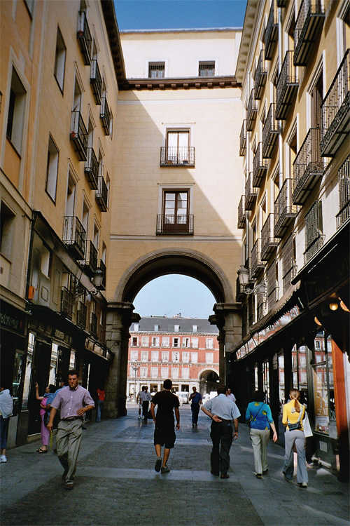 arco plaza mayor-calle mayor-Madrid