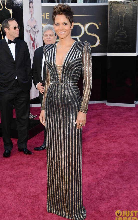 Oscars 2013 Halle Berry