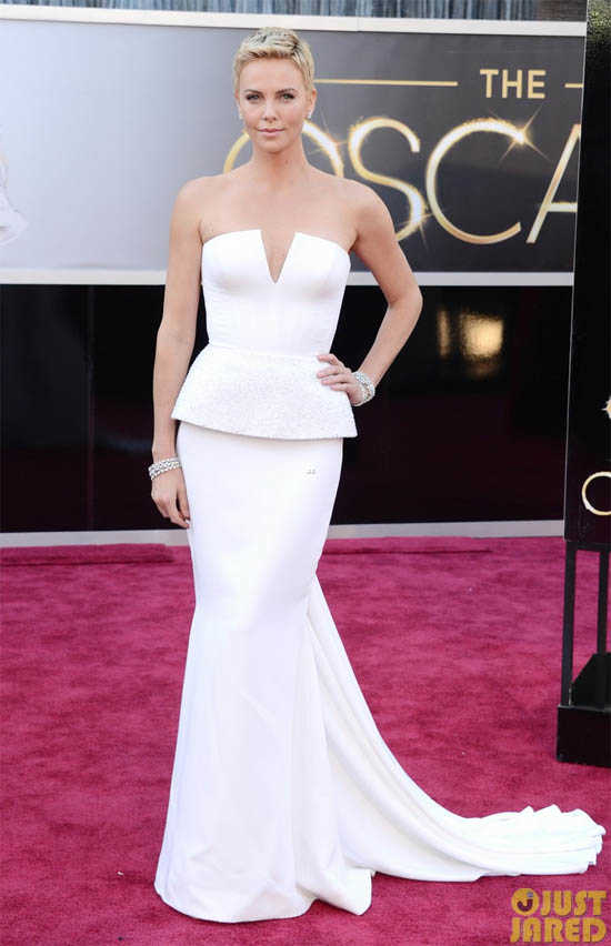 Oscars 2013 Charlize Theron