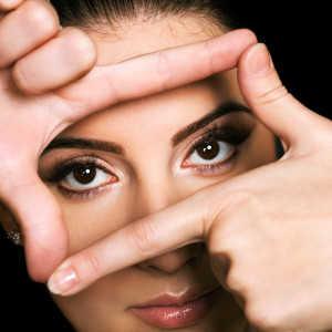 Como mantener el brillo en los ojos que va ligado a juventud y evitar bolsas en los ojos 2