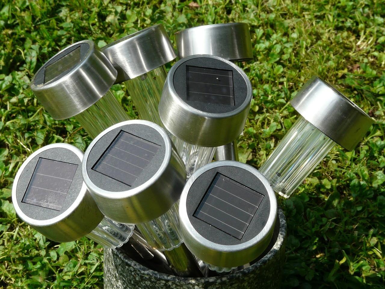 Lámparas solares para el jardín 1