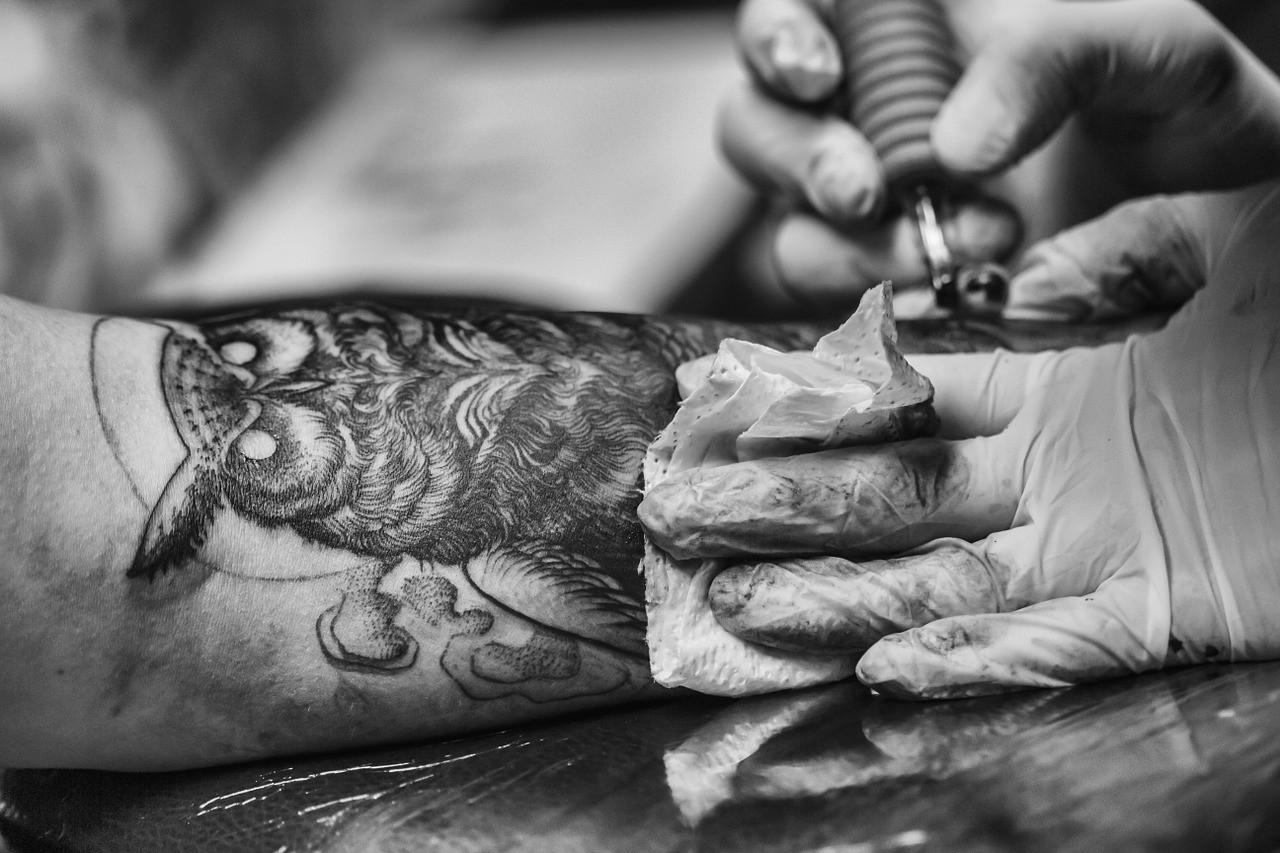 8 lugares perfectos para ponerse tatuajes tribales pequeños 1