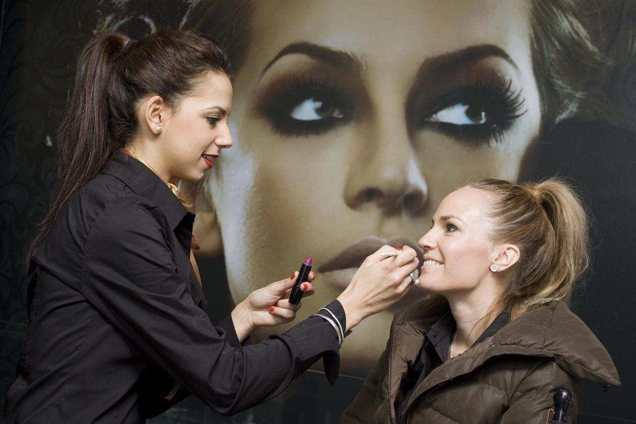 Cómo maquillar ojos saltones en 4 pasos sencillos 6