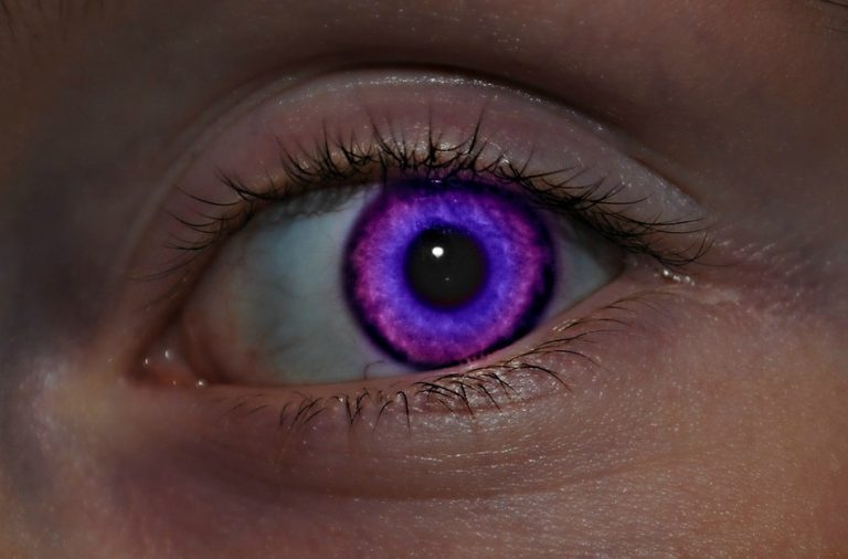 Lentillas de colores para ojos marrones 6