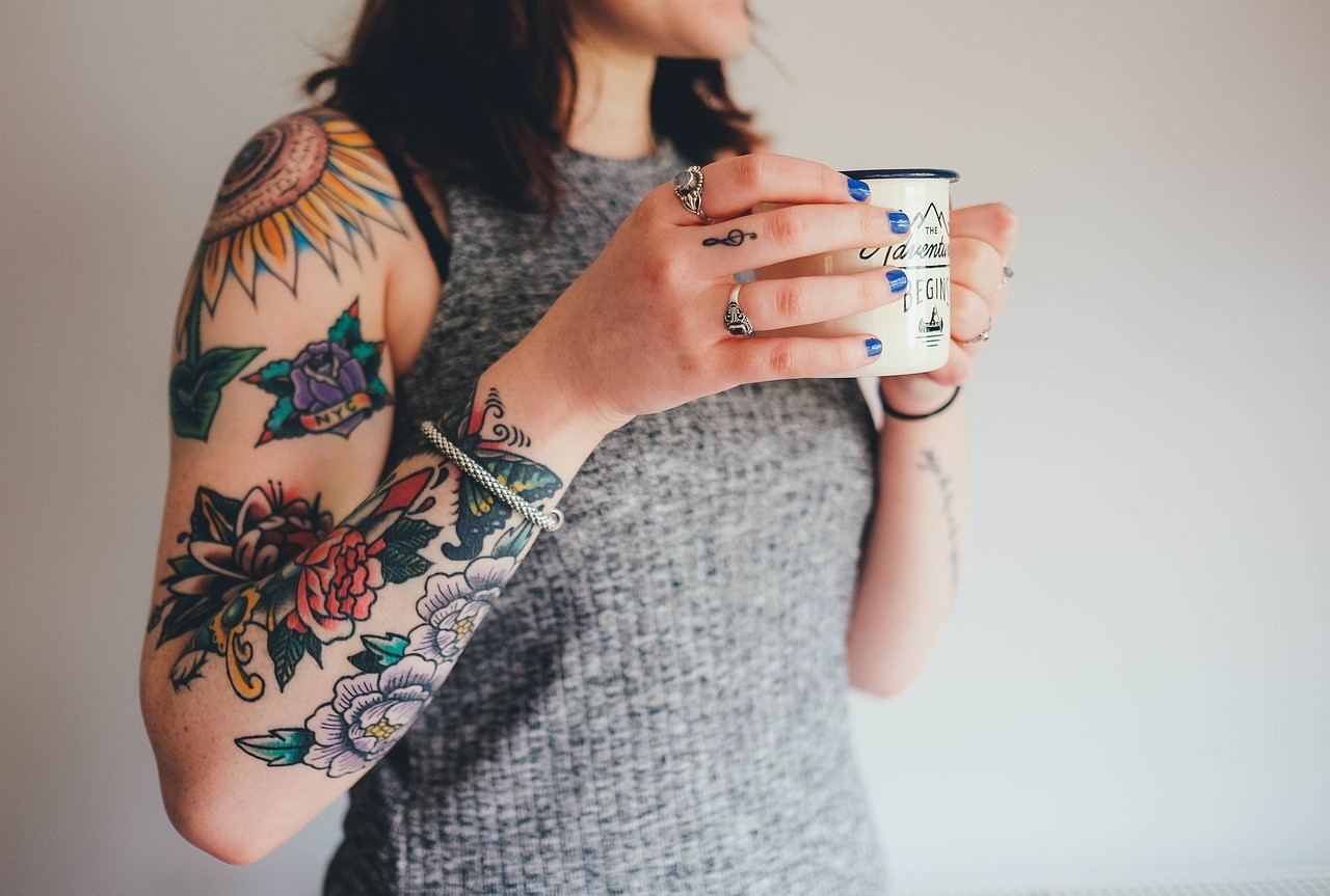 Cómo tapar tatuaje con maquillaje 3