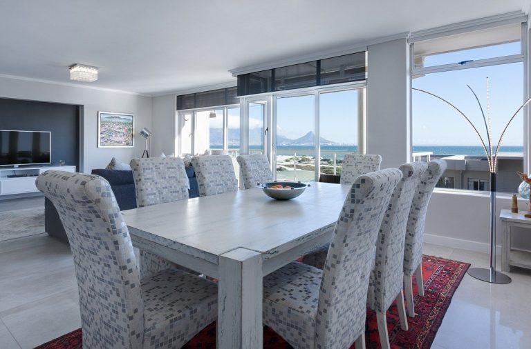 6 mesas de comedor perfectas para diferentes espacios 4