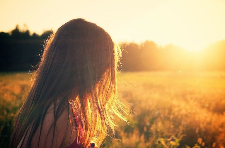 Vitamina E: cómo proteger tu pelo este verano 4